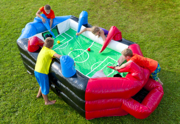 partylife-Voetbal -balblaas spel